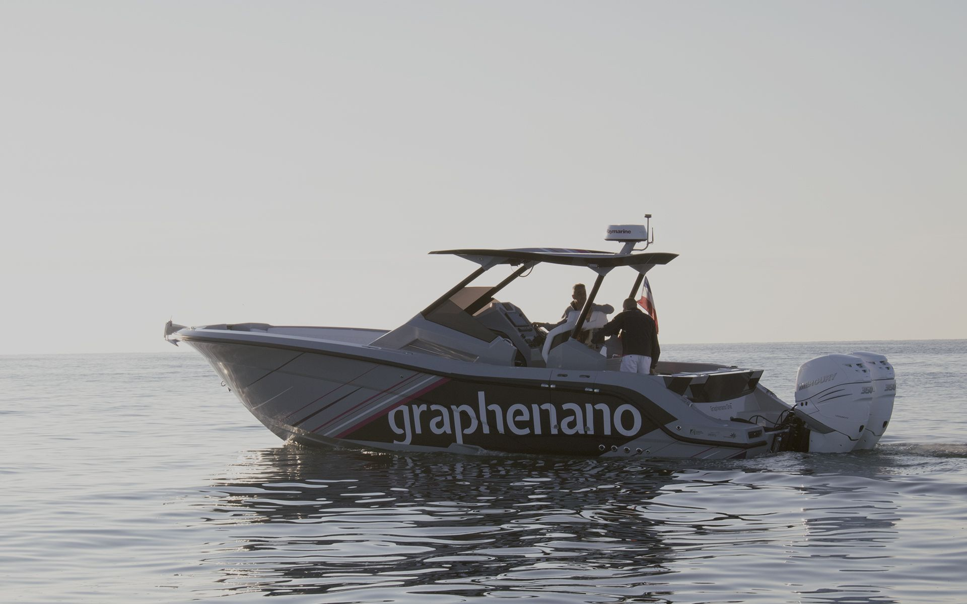 FIRST BOAT IN THE WORLD WITH GRAPHENE